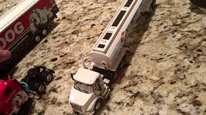 100 Diecast Promotions Trucks 164 Scale Diecast Promotions Bully Dog With Kentucky Trailer And