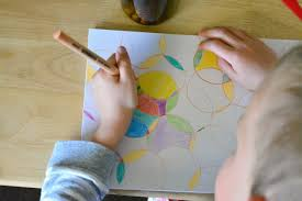 Caspar Colouring In Circle Art Work