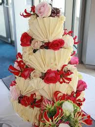 BESPOKE WHITE CHOCOLATE FAN CAKE