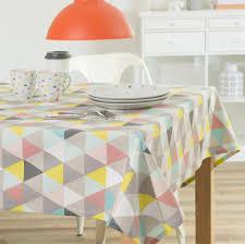 nappe en coton multicolore 150 x 250 cm lucia maisons du monde