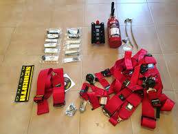 Fire Extinguisher Mounting Height Code by Gt4 Clubsport Harnesses And Fire Extinguisher Install