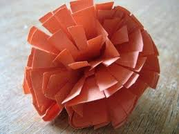 Step By Instructions To Make Easy Construction Paper Marigolds For Dia De Los Muertos Craft On Latinaish