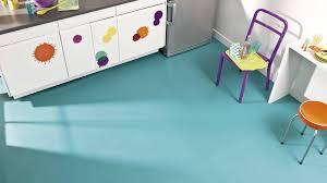lino salle de bain maclou les erreurs à éviter avec les sols en vinyle