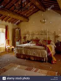 italienisches schlafzimmer stockfotos und bilder kaufen alamy