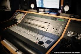 Groove Tunes Professional Audio Recording Equipment And Instruments