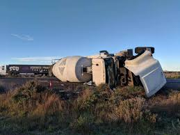 100 Loves Truck Stop Chandler Az I10 Reopened In After Crash Involving Cement Truck