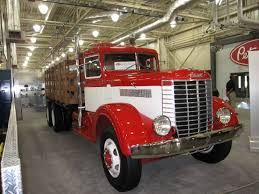 File:1939 Peterbilt 334 Truck.jpg - Wikimedia Commons