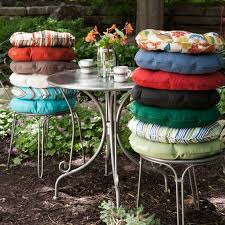 18 Inch Round Chair Cushions by 26 Best Round Bistro Chair Cushions Images On Pinterest Bistro