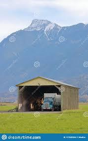 100 Dump Truck Storage Garage Stock Photo Image Of View 131589364