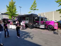 100 Big D Truck Stop TMobile Takes Its 5G Wireless Pitch On A Road Trip With Giant Tech