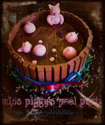 miss piggy s pool eat and feast