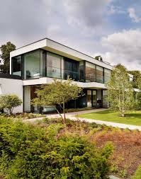 100 Gregory Phillips Architects A Modern Country House On The Banks Of The River Thames By