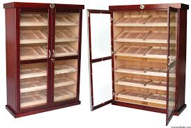 Cigar Cabinet Humidor Uk by Cc 300 Thermoelectric 400 Cigar Humidor Spanish Cedar Shelves