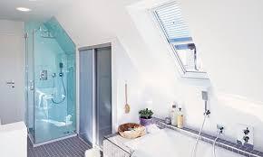 dusche in der dachschräge das ist zu beachten renovieren de
