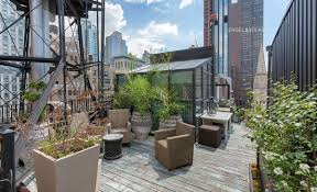 100 Nomad House This 32M Coop Atop The Historic Gilsey Has A Mini