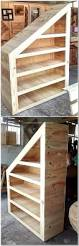 Pet Stairs For Tall Beds by 25 Best Pallet Stairs Ideas On Pinterest Pallet Patio Building
