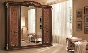 kleiderschrank schlafzimmer schrank nussbaumfarbe barockstil