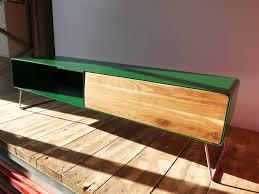 design lowboard 1s für tv holz eiche metall grün stahlzart