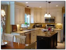 Kitchen Paint Colors With Medium Cherry Cabinets by How To Coordinate Paint Color With Kitchen Colors With Cherry