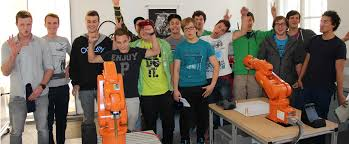 Suite Life On Deck Cast Teacher by Summer F Ar Förderung Der Automation Und Robotik
