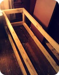 the yorktown owens built in storage bench