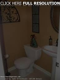 Half Bath Decorating Ideas Pictures by Bathroom Decorating Ideas For Small Bathrooms