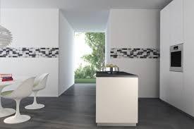 carrelage cuisine noir et blanc cuisines cuisine minimaliste noir blanc idées de décoration