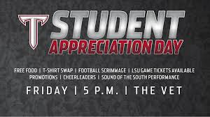 Football Prizes T Shirt Swap & Pizza – Student Appreciation