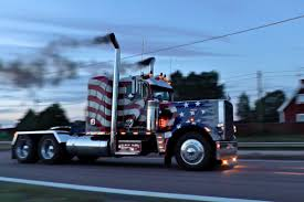 100 359 Peterbilt Show Trucks Truckdriver And Car Enthusiast Located In Sweden Mostly Here