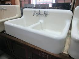 Best Kitchen Sink Material 2015 by Kitchen Sink Brands Materials Sizes Stainless Steel Sinks Material