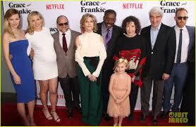 Halloweentown 2 Cast by Jane Fonda U0026 Lily Tomlin Team Up At U0027grace U0026 Frankie U0027 Season 2