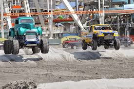 Wildwood 365: Monster Trucks Rumble Into The Wildwoods For Monster ... New Orleans La Usa 20th Feb 2016 Gunslinger Monster Truck In Nr11jan My Experience At Monster Jam Macaroni Kid Top 5 Reasons To Check Out Monster Jam This Weekend Central Two Newcomers Among Hlights Of 2017 San Antonio Jds Truck Tracker Wildwood Motor Events Llc Tickets Driver Hooked On Adrenaline Rush The Augusta Chronicle Team Meents Vs World Finals Racing Quarter Gunslinger Home Facebook Hot Wheels Year 2015 124 Scale Die Cast Metal Body Gun Slinger Fatboy Way