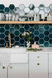 Delta Leland Kitchen Faucet by Best 25 Delta Kitchen Faucets Ideas On Pinterest White Kitchen