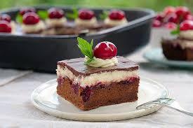 schoko kirschkuchen mit vanillecreme rezept zotter schokolade
