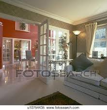 offenes doppelgänger glas türen zwischen wohnzimmer mit