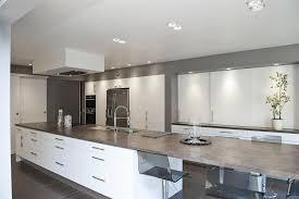 cuisine avec ilot central et coin repas comment bien choisir îlot de cuisine en fonction de intérieur