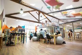 bureau partagé lyon la cordée jean macé coworking entraide et café italien à lyon 7e