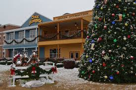 Christmas Tree Inn Pigeon Forge Tn by 3 Things We Love About Winter In Pigeon Forge Tn