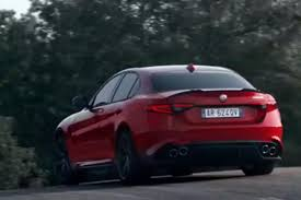 New Alfa Romeo Giulia revealed official pictures