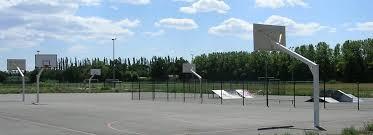 terrain de basket exterieur terrain de sport bailleul