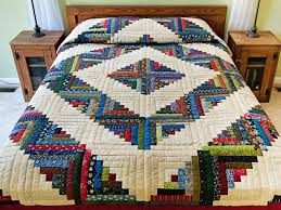 Log Cabin Quilt great skillfully made Amish Quilts from