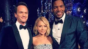 Kelly Ripa And Michael Strahan Halloween 2015 by Live With Kelly And Michael Abc7 Com