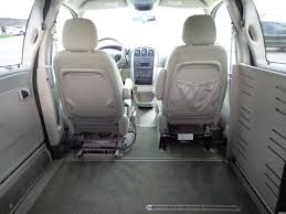 2007_Chrysler_Town_Country_Braun_Entervan_09 - Kansas Truck ...