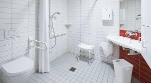 barrierefreies badezimmer alle vorteile und tipps für die