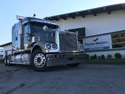 99 Paper Truck Freightliner USED 2004 FREIGHTLINER CORONADO TA TAG AXLE SLEEPER FOR SALE IN FL