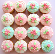 ITS ALL ABOUT CUPCAKES