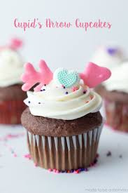 These Cupids Arrow Cupcakes Are A Fun Way To Spread The Love During This Valentines