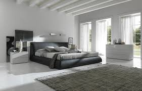 Calabria Italian Leather Platform Bed King Size Brown