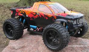 100 Monster Trucks Rc RC Truck Brushess Electric 110 PRO LIPO 24G 4WD 88067