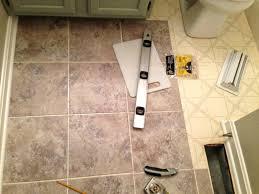 12纓12 peel and stick floor tile self stick vinyl floor tile stick